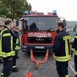 Feuerwehr Oberwesel schult Umgang mit Seilwinde des TLF3000